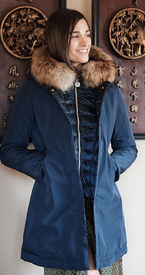 Parka Adriana Slim Fit Color azul - HENRY ARROWAY